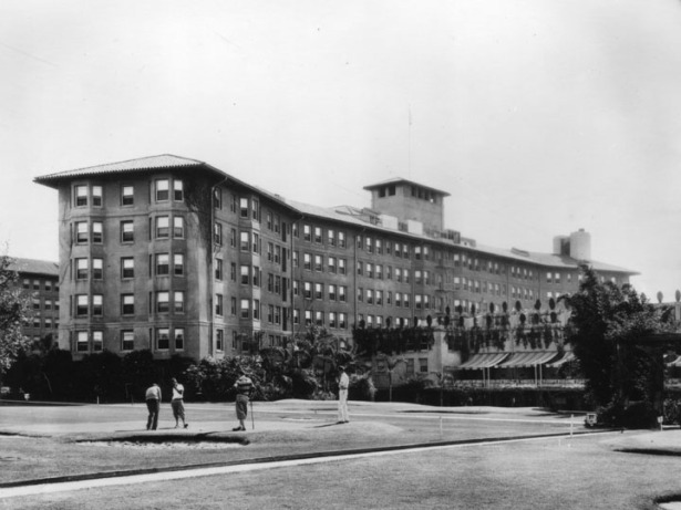 los_angeles_ambassador_hotel_golf_cocoanut_grove