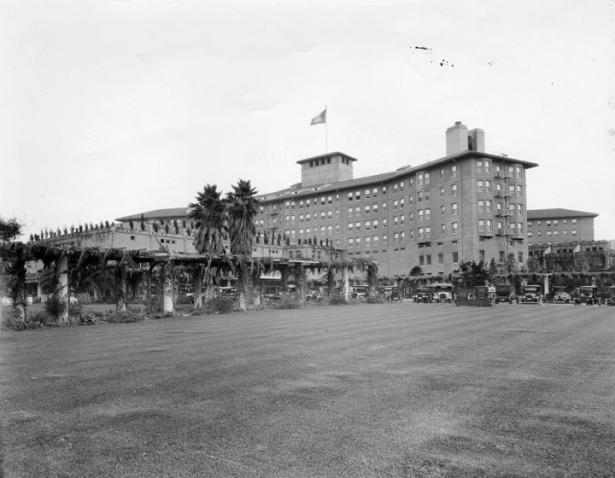 los_angeles_ambassador_hotel_1920s