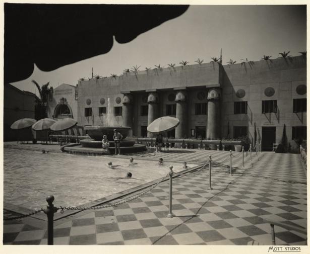 ambassador_hotel_pool_plunge_1920s_los_angeles