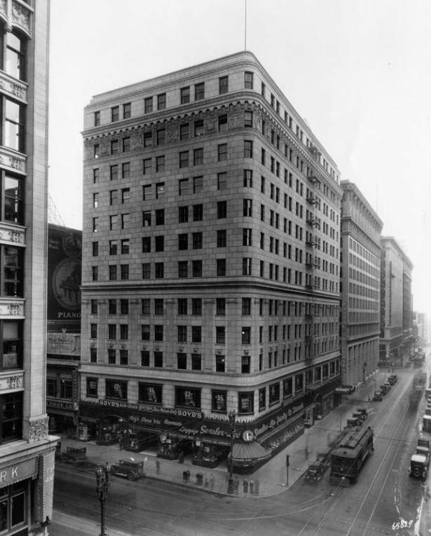 chester_williams_building_1926