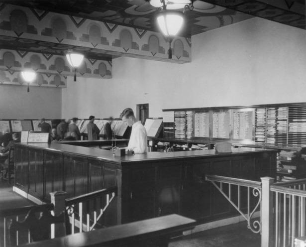 Los-Angeles library newspaper room refernce desk 1926
