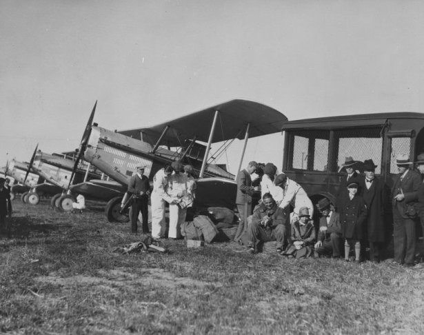 Western_Air_Express air mail 1926 Vail Field, Los Angeles