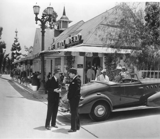 Café Trocadero, 8610 Sunset Blvd. 1936. LAPL.