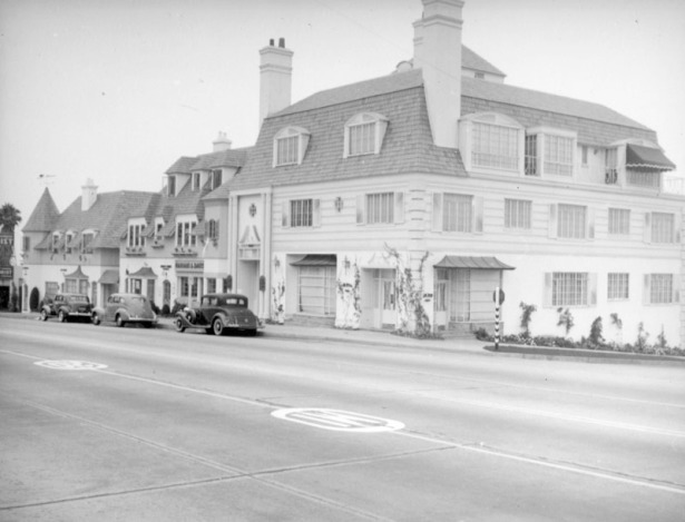 French style buildings in the 8700 block c. 1939. LAPL