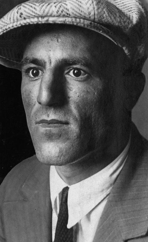 Rocco Gravino. LAPL.