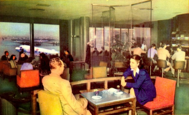 The décor changed, but the Sky Room restaurant-cocktail lounge at Burbank's airport had been around since it was Union Air Terminal.